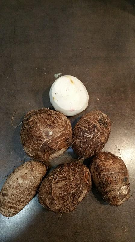 Eddo à l'étouffée, aux épices thai