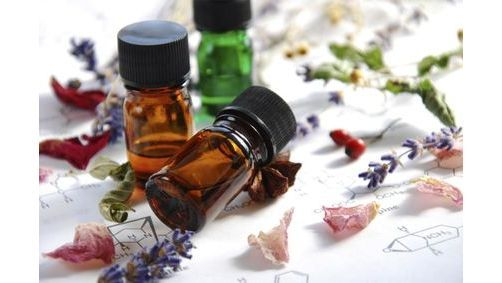Comment contenir certaines envies de sucre avec les huiles essentielles ?